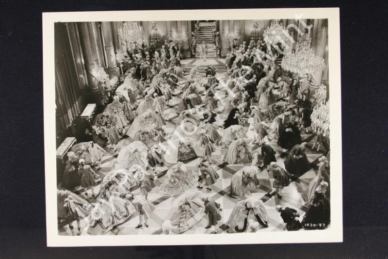 """Créations """"à la Marie-Antoinette"""" : le pire et le meilleur - Page 8 193811"""