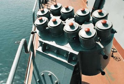 Naval Weapon Systems & Technology - Page 4 Pk10_d10