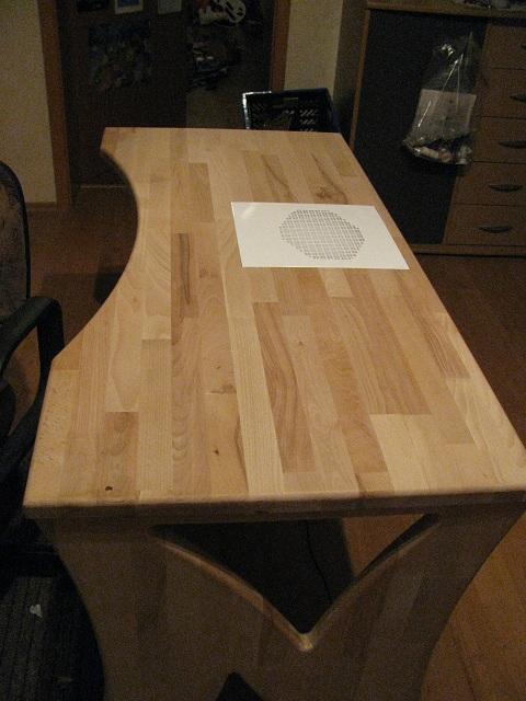 Kein Modell, eher Möbelstück Tisch710