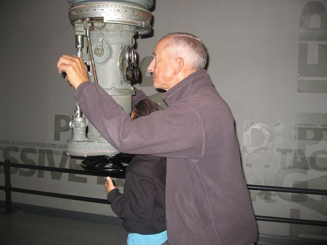 [Les Musées en rapport avec la Marine] Sous-Marin  Flore - Page 11 022b14