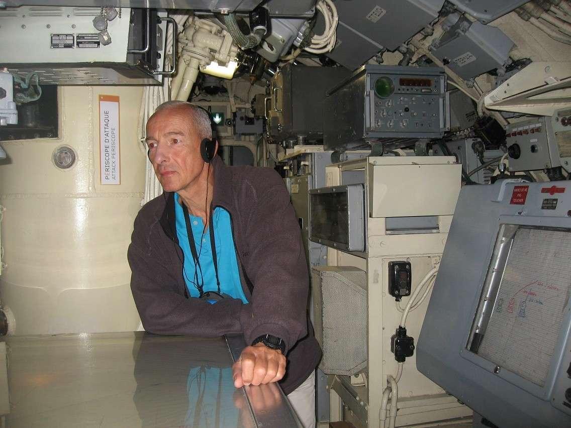 [Les Musées en rapport avec la Marine] Sous-Marin  Flore - Page 10 036b10