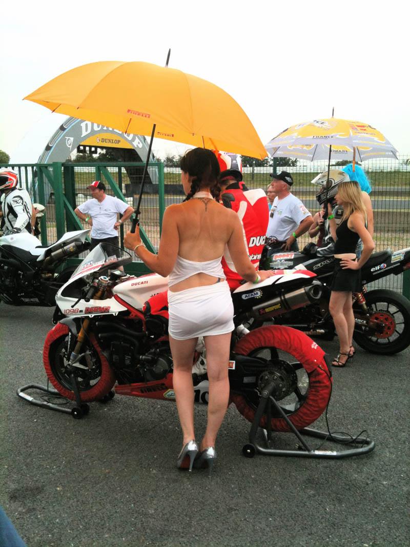La grosse fête de la moto au circuit Carole 10 et 11 juillet - Page 2 Img_0010