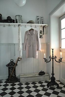 Dressing dans une entrée étroite Dsc_1110