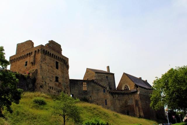 Château de Châteaubriant (Loire-Atlantique / 44). Img_1216