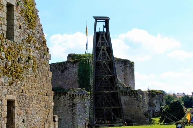 Château de Tiffauges (Vendée / 85). Img_2910