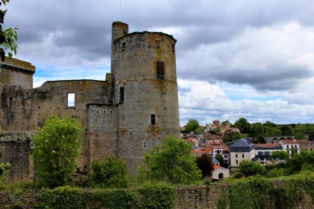 Clisson (Loire-Atlantique / 44). Img_4030