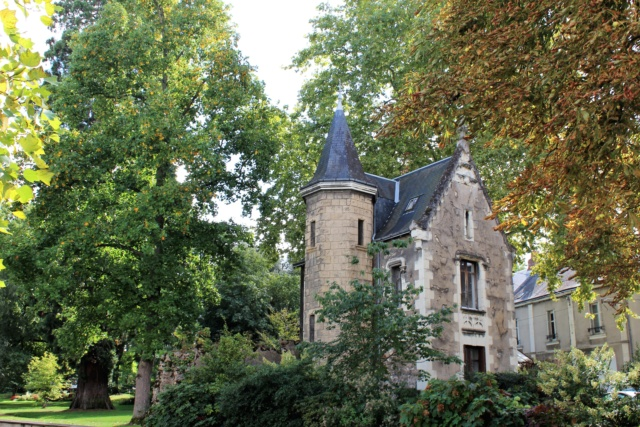 Châtellerault (Vienne / 86). Img_5115