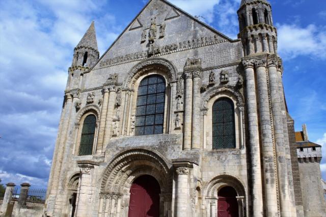 Collégiale de Saint-Jouin-de-Marnes (Deux-Sèvres / 79). Img_5128