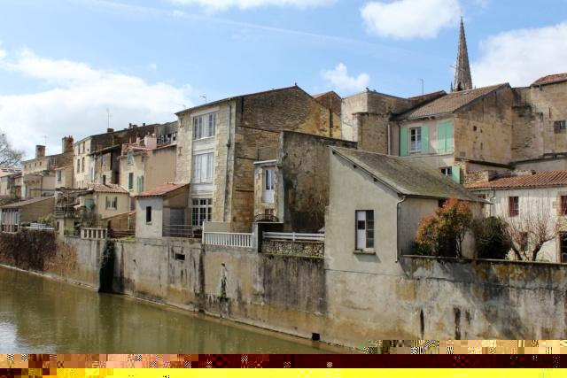 Fontenay-le-Comte / Vendée, 85. Img_5710