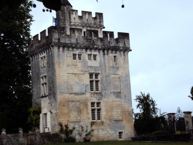 Château de Crazannes (Charente-Maritime / 17). Sainte16