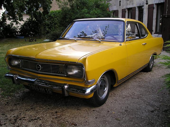 Ma Rekord coupé 1900 P1010025