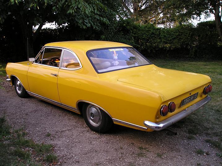 Ma Rekord coupé 1900 P1010026
