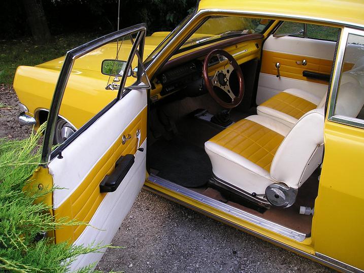Ma Rekord coupé 1900 P1010027