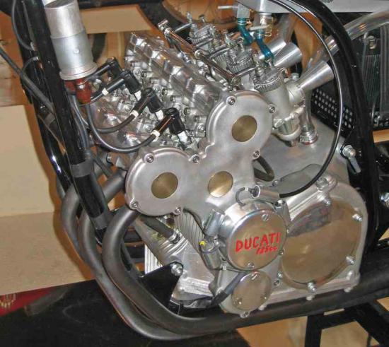 les plus beaux moteurs - Page 3 43307010