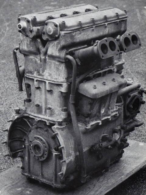 les plus beaux moteurs - Page 3 A10