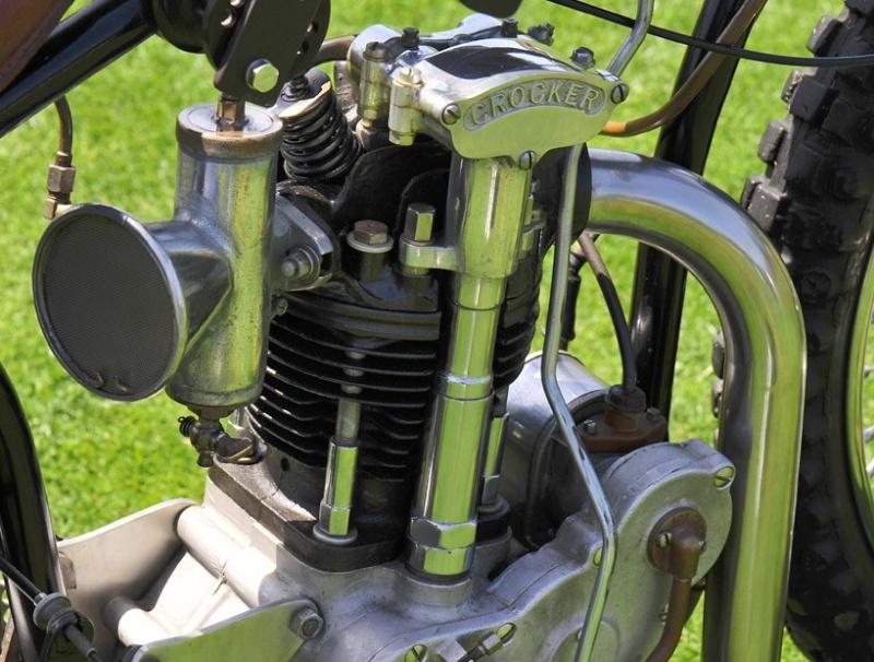 les plus beaux moteurs - Page 3 Crocke13