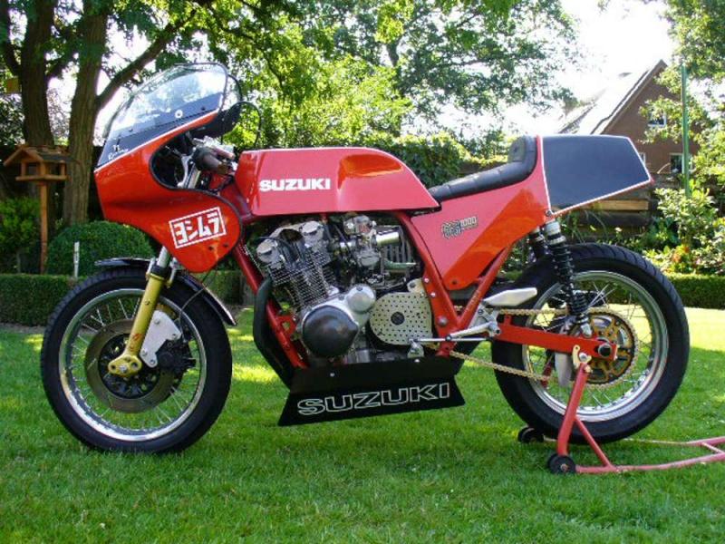 GS 1000 R Suzuki12