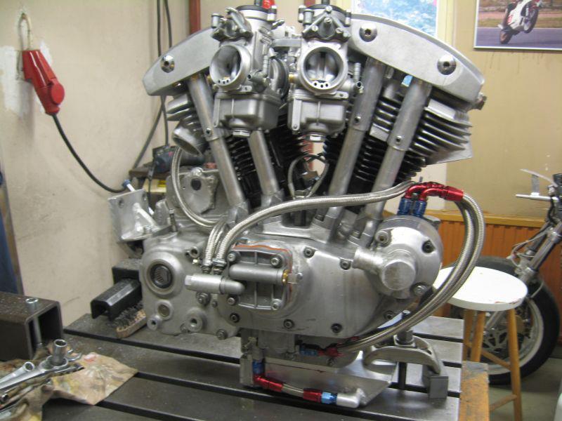 les plus beaux moteurs - Page 3 Tomasi10