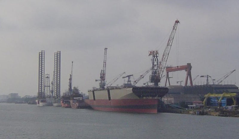 Construction navale à Cochin 30101210