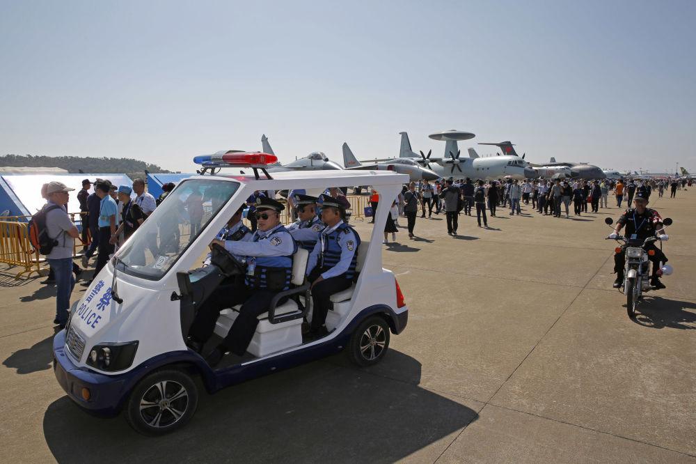 Salon aéronautique de Zuhai 2018 / Airshow China 2018 (6 au 11 novembre) 10695817