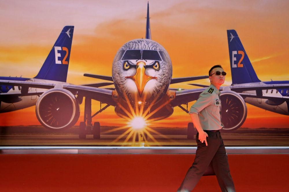 Salon aéronautique de Zuhai 2018 / Airshow China 2018 (6 au 11 novembre) 10695819