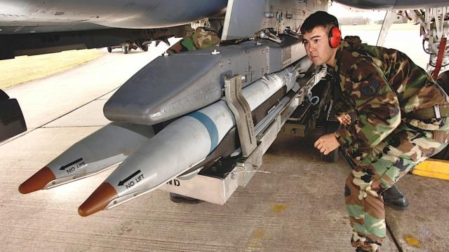 Missile Air-Sol & de Croisiere (Documentation) - Page 2 Messa136