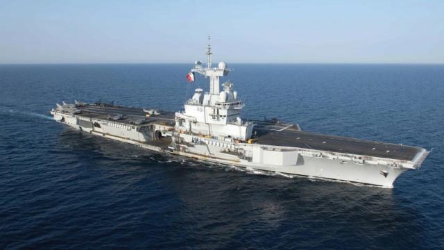Armée Française / French Armed Forces Messag84