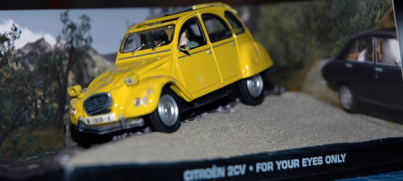 1/43er 007 A View to a Kill Renault 11 Taxi K800_211