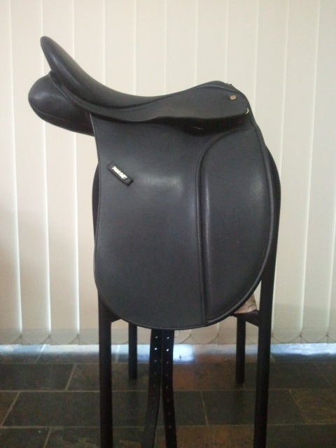 Wintec 500 17.5 inch Dressage Saddle Wintec10