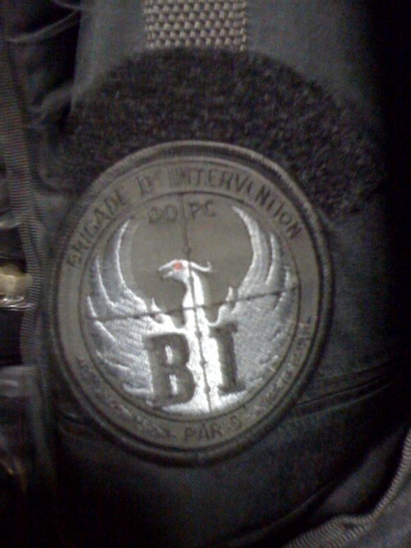 Écussons BI, teeshirts, médaille porte carte, .... Biiii10