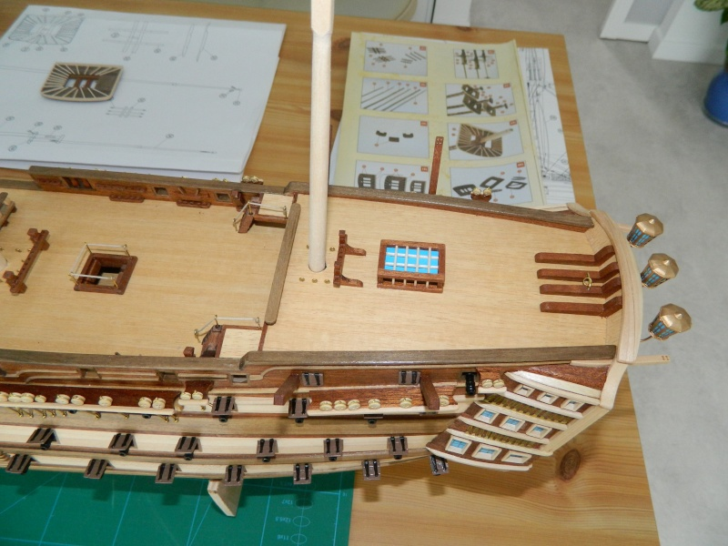 HMS VICTORY 1/94 constructo - Page 3 Dscn0613
