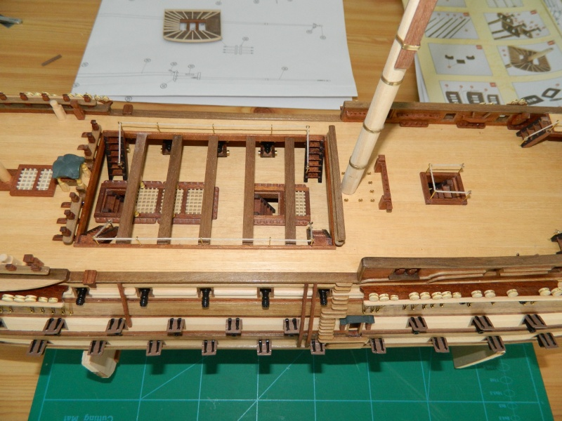 HMS VICTORY 1/94 constructo - Page 3 Dscn0614