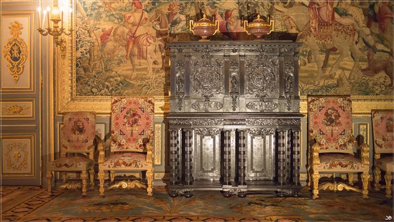 Fontainebleau : le mobilier Lr4-p858