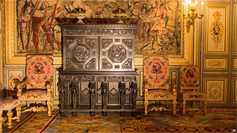 Fontainebleau : le mobilier Lr4-p859
