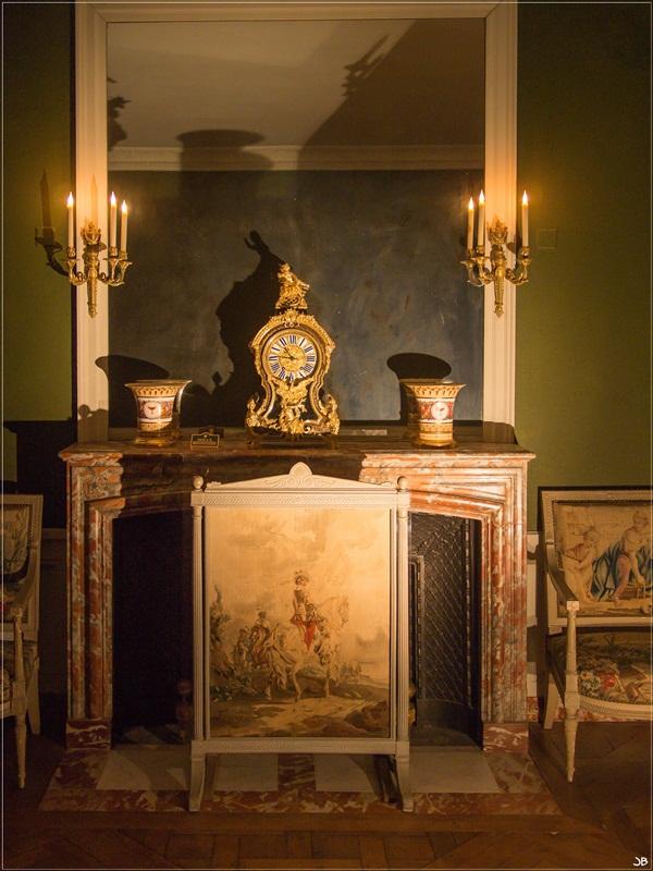 Fontainebleau : le mobilier Lr4-p864