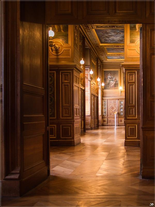 Fontainebleau : le mobilier Lr4-p868