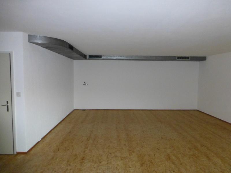 Un nouvel atelier à Pierre ( pili ) P1000213