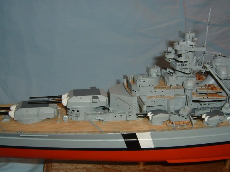 Le Bismarck au 1/350° par Alain MOITROT.  Bis35013
