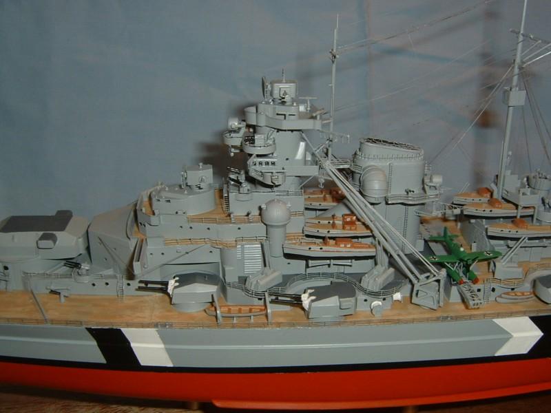Le Bismarck au 1/350° par Alain MOITROT.  Bis35014