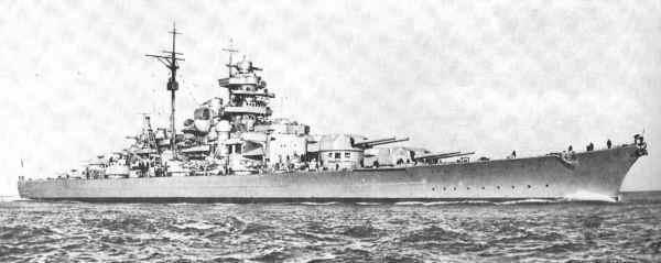 Le Bismarck : Photographie et Maquettes. Bismar14