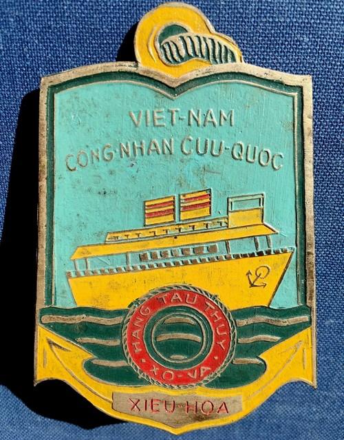 Insigne Vietnamien à identifier Ins113