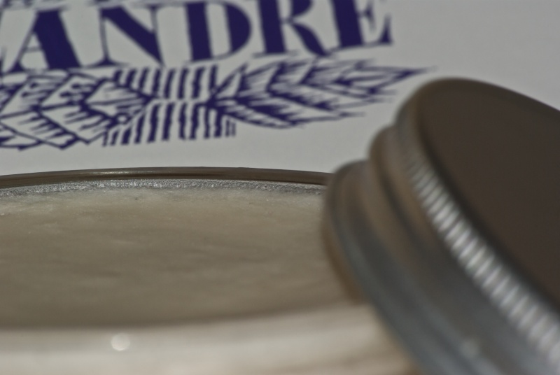 Savon de rasage Martin de Candre - Page 5 Mdc-0410