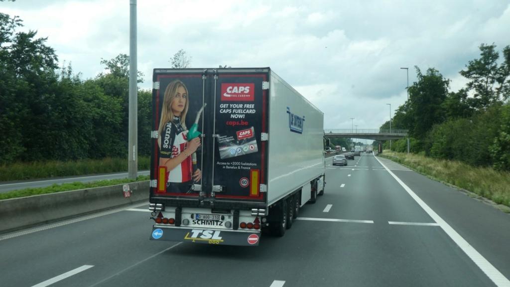 La publicité sur les camions  - Page 42 A_medi10