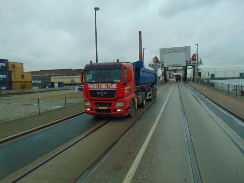 Van Den Eynde Trans  (Geel) Dsc00107