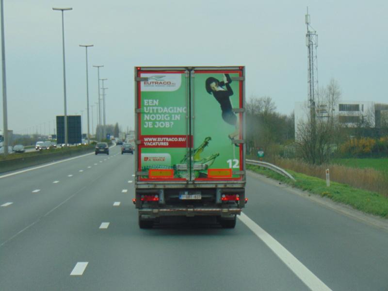 La publicité sur les camions - Page 37 Dsc00241