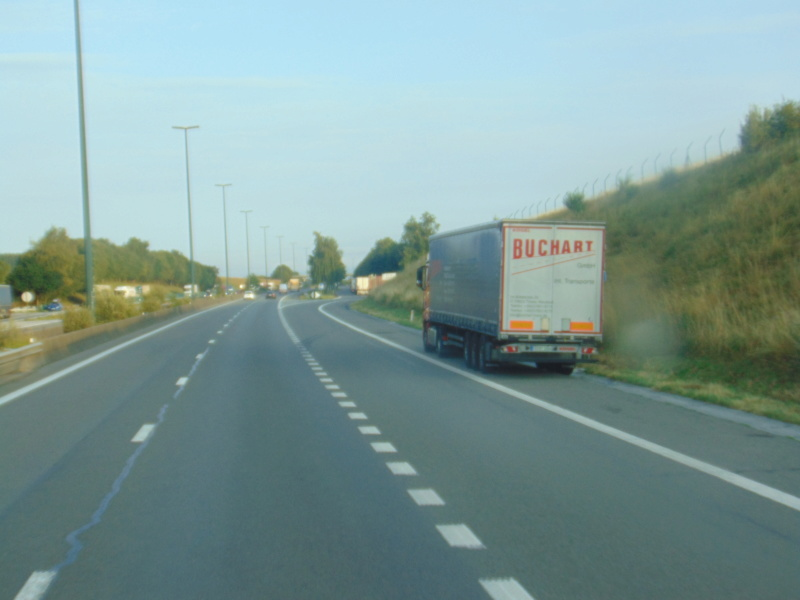 Les parkings d'autoroutes - Page 29 Dsc00438