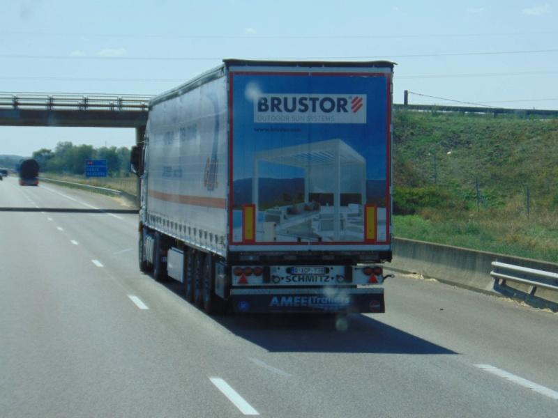 La publicité sur les camions - Page 37 Dsc00460