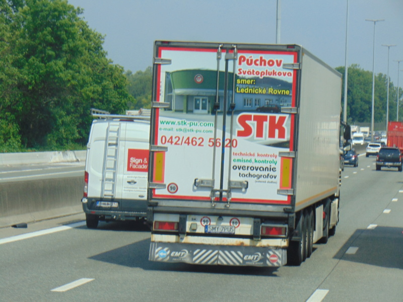 La publicité sur les camions - Page 37 Dsc00638