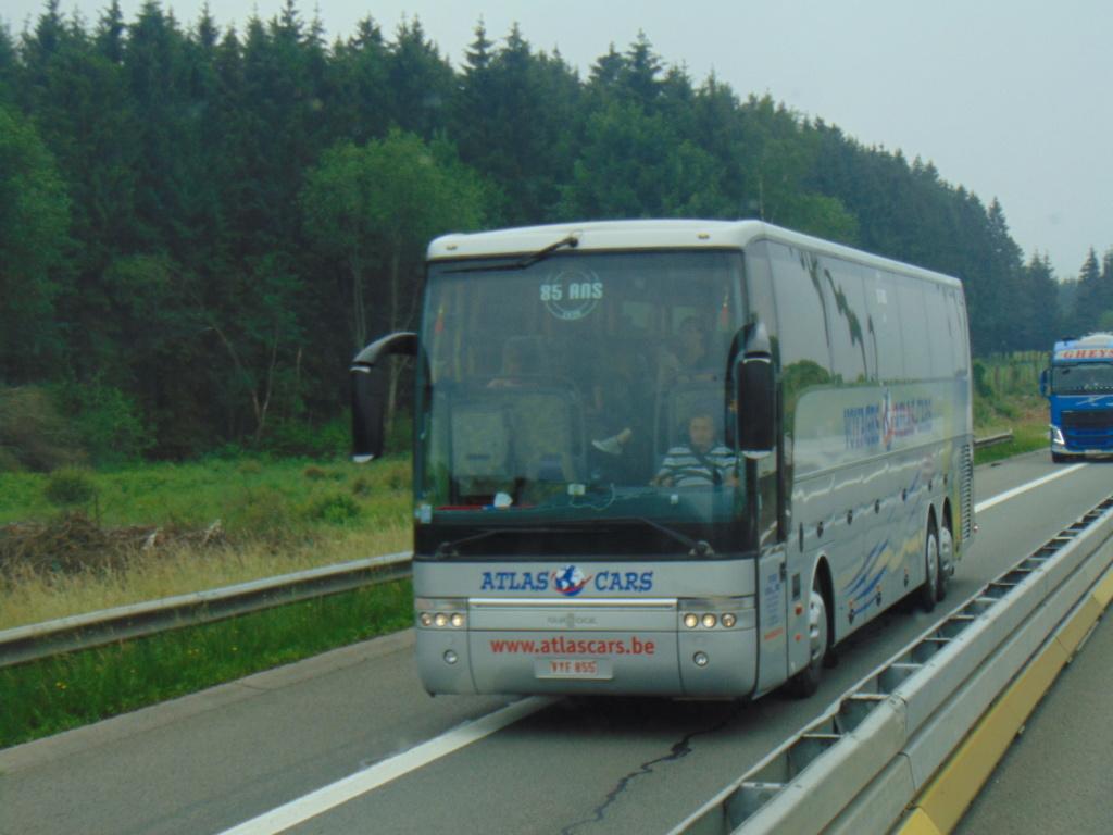 Cars et Bus de Belgique - Page 21 Dsc01442