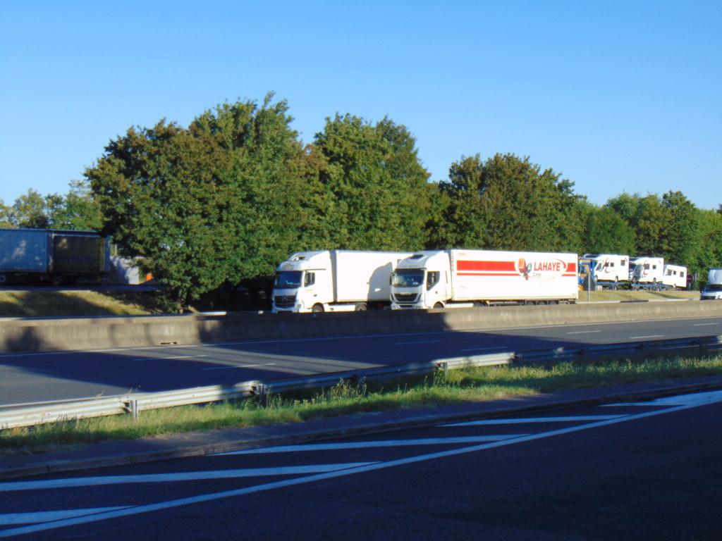 Photos avec plusieurs camions - Page 36 Dsc02019